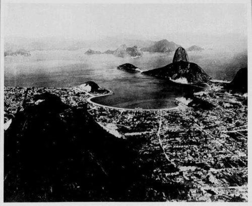 Figura 4 – Entrada da Barra, bairro de Botafogo – Vista tomada do Pico do Corcovado (Revista Kosmos, dezembro de 1906)